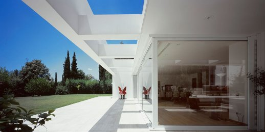 f21_house_in_kifisia_greece_photo_nicos_valsamakis
